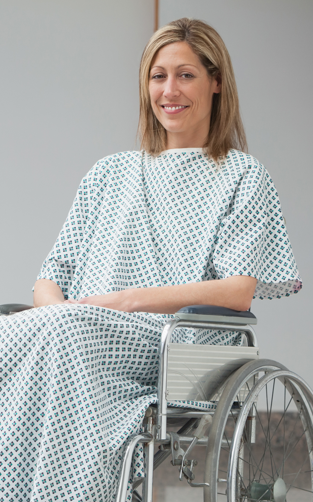 patient-gown-ar-2